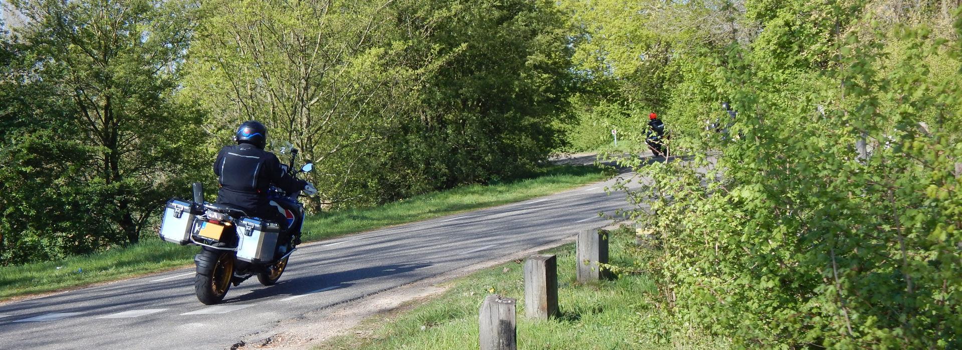 Motorrijbewijspoint Rosmalen belt jou